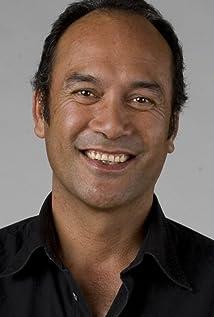 Aktori Calvin Tuteao