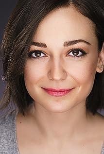 Aktori Kate Easton