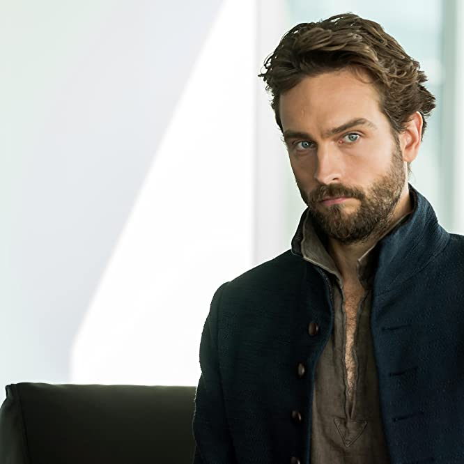 Tom Mison in Sleepy Hollow (2013)