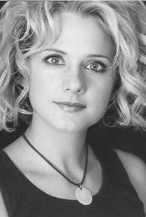 Caroline Keenan Picture