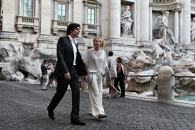 Alison Pill and Flavio Parenti in To Rome with Love (2012)