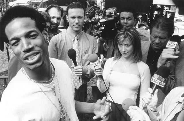 Marlon Wayans, Dan Joffre, Cheri Oteri, and Chris Robson in Scary Movie (2000)