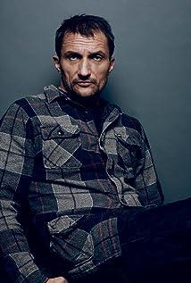Aktori Zoran Radanovich