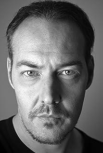Aktori Stuart McNeil