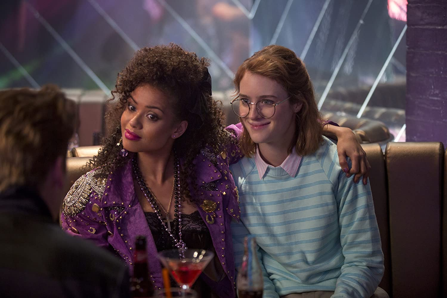 Gugu Mbatha-Raw and Mackenzie Davis in Black Mirror (2011)