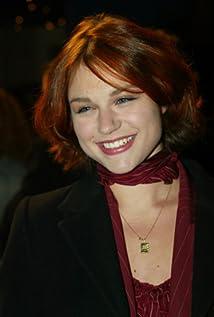 Émilie Dequenne Picture