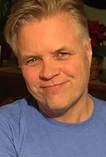 Aktori Mark Basnight