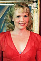 Sara Crowe's primary photo