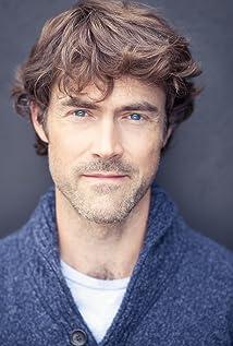 Aktori Peter Ormond