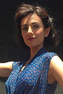 Marjan Neshat Picture