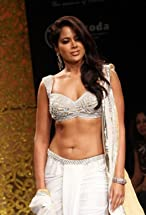 Sameera Reddy's primary photo