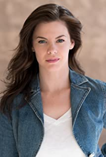 Aktori Haley Webb