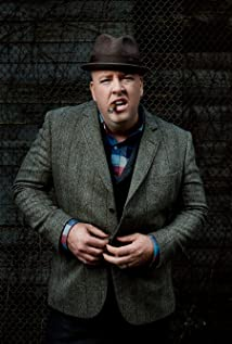 Chris Sullivan Picture