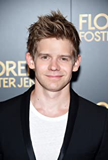 Andrew Keenan-Bolger Picture