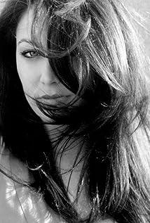Danielle Baker Picture