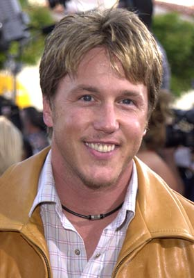 lochlyn munro smallville