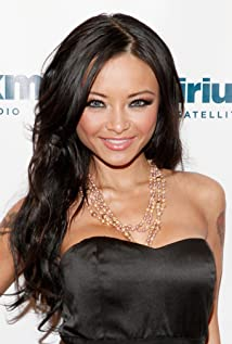 Tila Tequila Picture