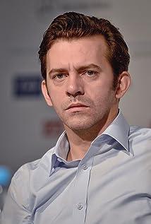 Aktori Piotr Glowacki