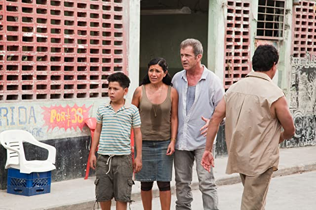 Mel Gibson, Dolores Heredia, and Kevin Hernandez in Get the Gringo (2012)