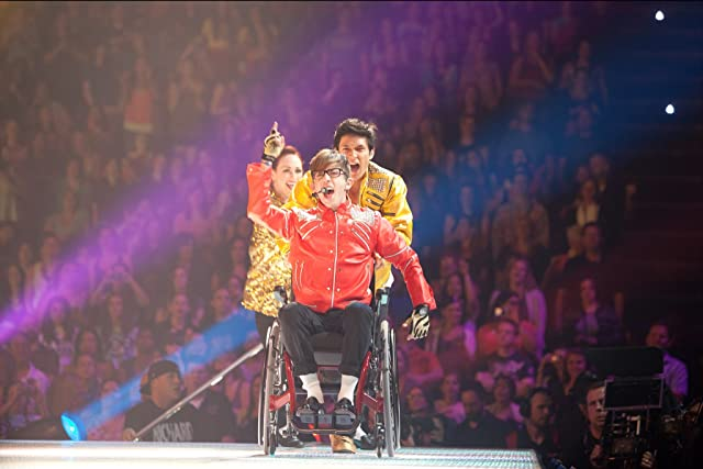 Harry Shum Jr. and Kevin McHale in Glee: The 3D Concert Movie (2011)