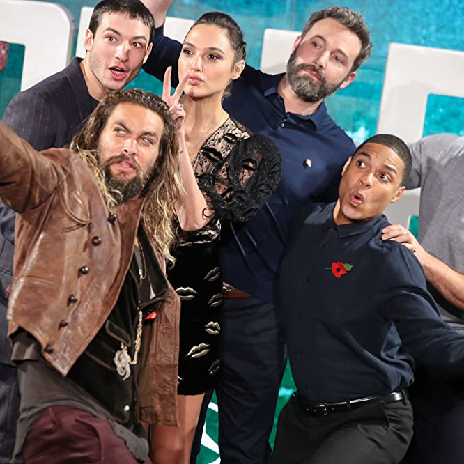 Ben Affleck, Henry Cavill, Jason Momoa, Gal Gadot, and Ray Fisher at an event for Justice League (2017)