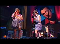Topp Twins - Untouchable Girls
