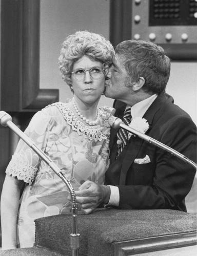 Vicki Lawrence, Richard Dawson, MAMA'S FAMILY, 1983, NBC, TV, I.V., FAMILY FEUD