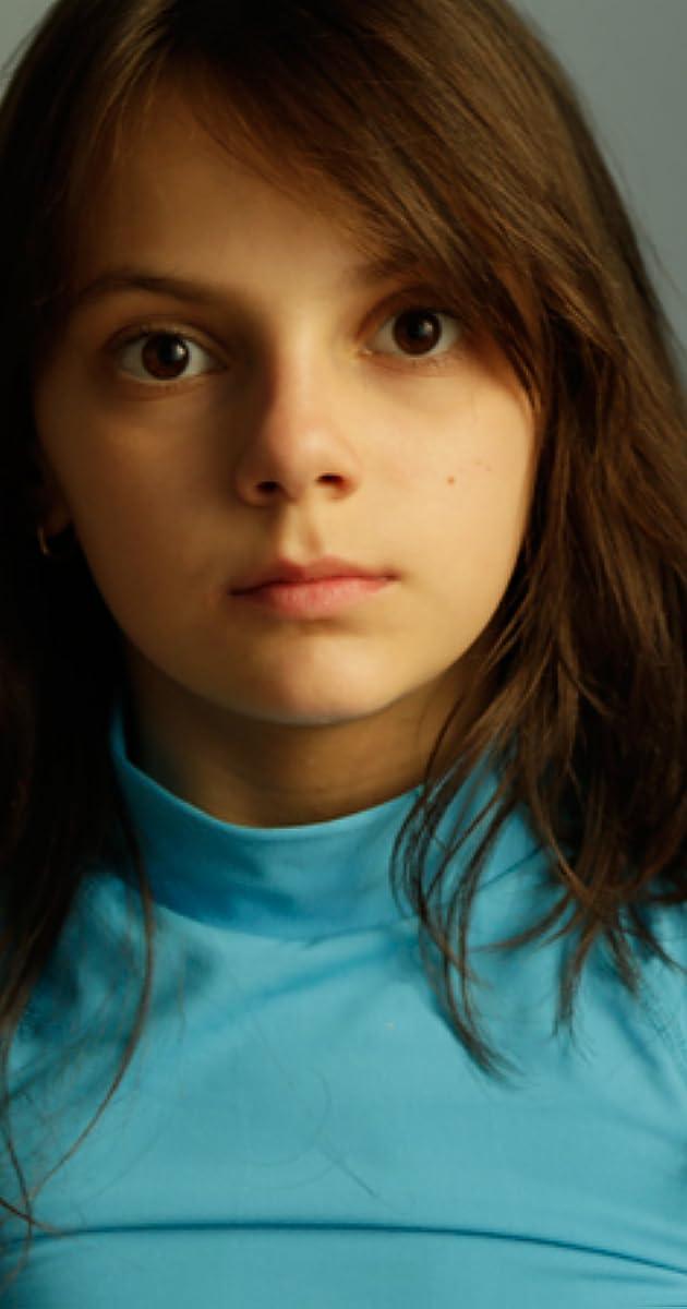 Dafne Keen - IMDb