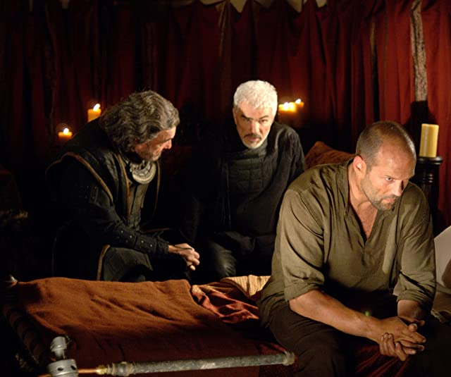 Burt Reynolds and Jason Statham in In the Name of the King: A Dungeon Siege Tale (2007)