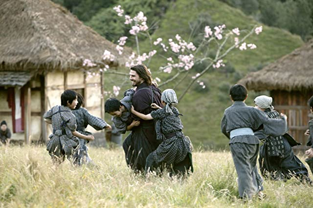 Tom Cruise and Sôsuke Ikematsu in The Last Samurai (2003)