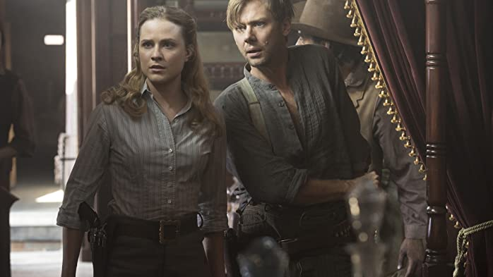 Jimmi Simpson and Evan Rachel Wood in Westworld (2016)