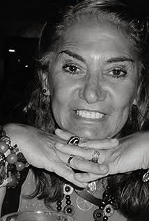 Claudia Cárpena Picture