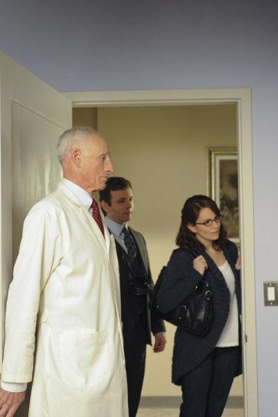 Tina Fey, James Rebhorn, and Michael Sheen in 30 Rock (2006)