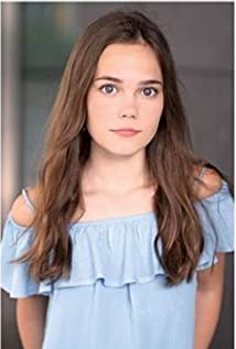 Oona Laurence Picture