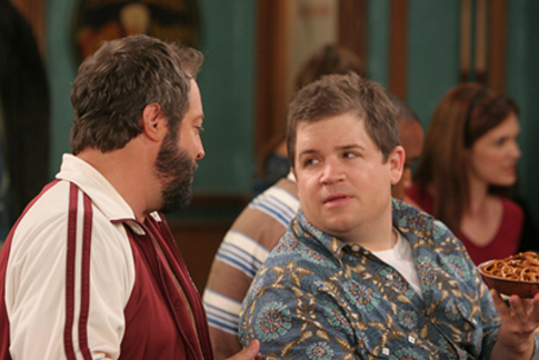 Patton Oswalt and Gary Valentine in The King of Queens (1998)