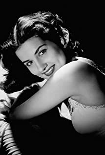 Brenda Marshall Picture