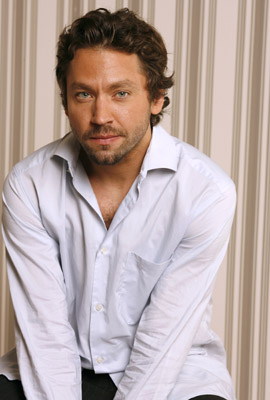 Michael Weston at The Last Kiss (2006)