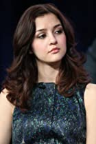 Image of Katie Findlay