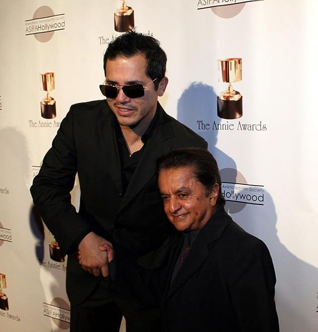 John Leguizamo and Deep Roy