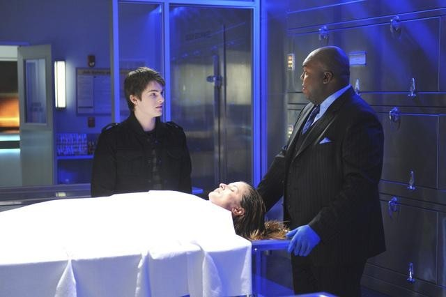 Windell Middlebrooks and Cody Christian in Body of Proof (2011)