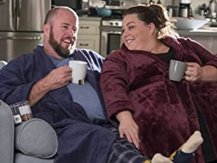 """This Is Us"" Star Chris Sullivan Gets Emotional About Season 2"