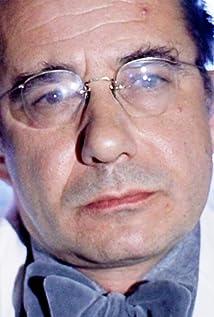 Aktori Carl Duering