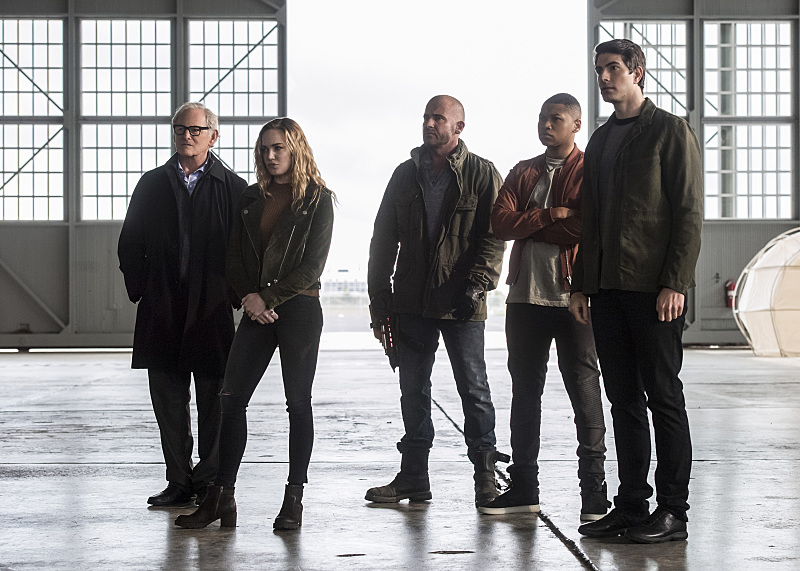 "Victor Garber, Caity Lotz, Dominic Purcell, Franz Drameh, and Brandon Routh as Martin Stein, Sarah Lance, Mick Rory, Jefferson (Jax) Jackson, and Ray Palmer, aka The Legends of Tomorrow, in ""Invasion!"" (Photo Credit: IMDb)"