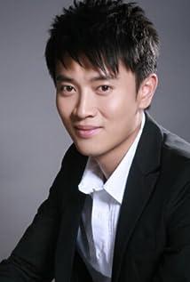 Aktori Steven Jiang