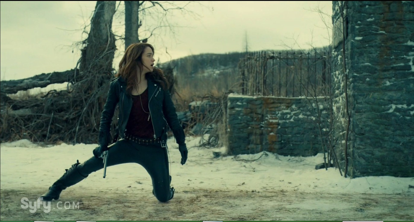 Wynonna Earp S02E05 – Let's Pretend We're Strangers