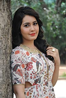Aktori Rashi Khanna