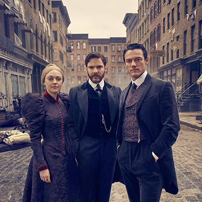 Daniel Brühl, Dakota Fanning, and Luke Evans in The Alienist (2018)