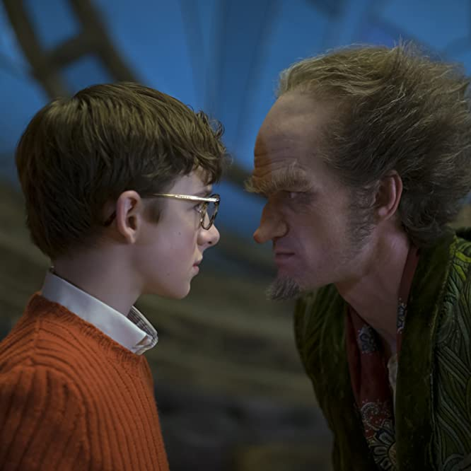 Neil Patrick Harris and Louis Hynes in A Series of Unfortunate Events (2017)