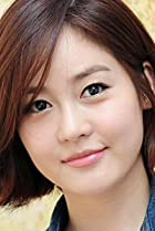 Image of Yu-ri Sung