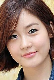 Yu-ri Sung Picture